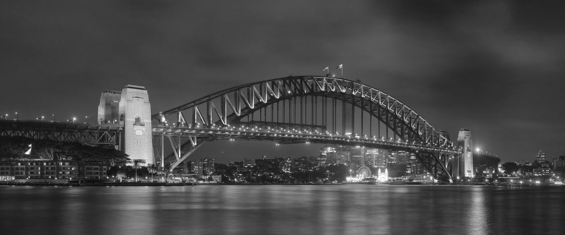 harbour-bridge-bw